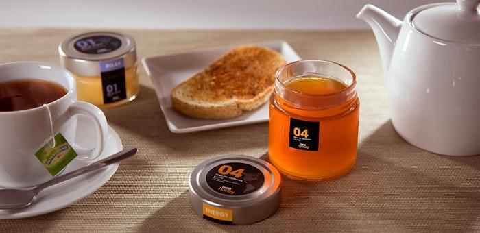 Con la miel en los labios (2)