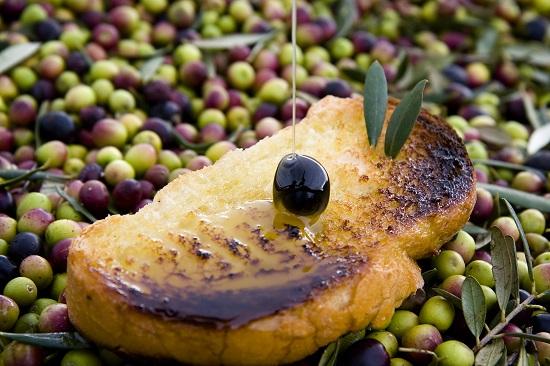 Tostada con aceite de Navarra / Patxi Uriz