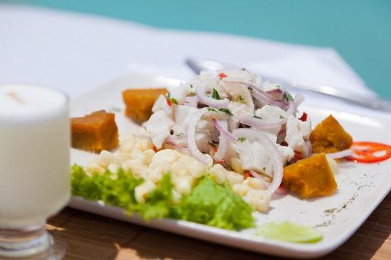 Ceviche de pescado. Cocina peruana (c) Alex Bryce