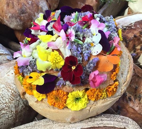 Pan de flores de Levadura Madre